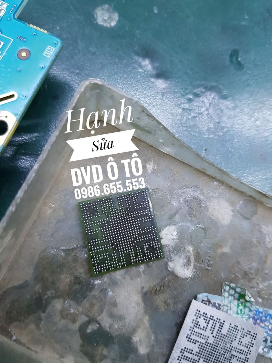 sua-man-hinh-dvd-o-to-grand-i10-loi-do-cam-ung-chet-chip-set-2